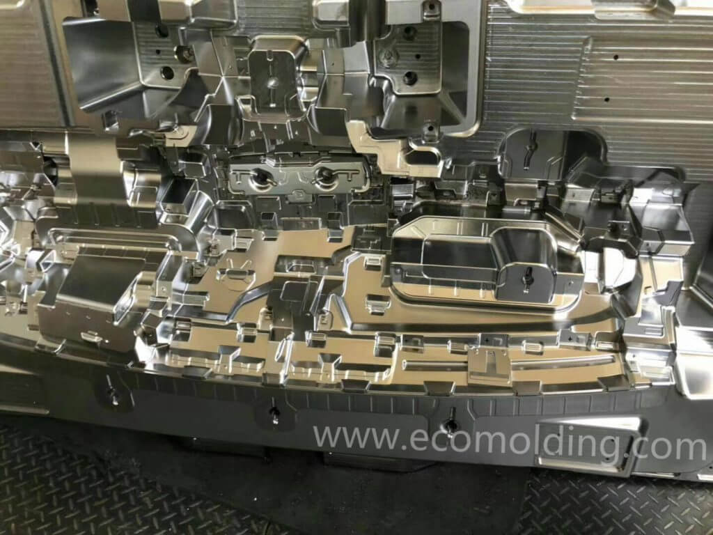 injection mold cost in china
